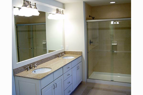 Birmingham Model Home Bathroom